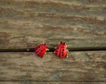 Ladybug Earrings, little ladybug earings, lady bug earrings, bug earrings, insect jewelry, insect earrings, small earrings - beetle earrings
