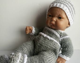 Handknitted Outfit for Antonio Juan baby dolls\Reborn 10 Inch