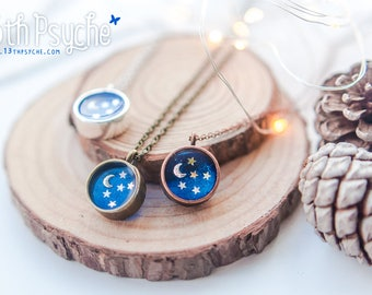Celestial jewelry, Stars pendant, Blue necklace, moon phase, moon necklace, galaxy jewelry, resin jewelry, inspirational gift for women