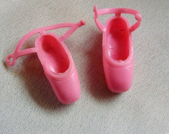 1976 Barbie *PINK BALLET SLIPPERS* #9093 Prima Ballerina -Mod Ankle Strap Squishy Shoes