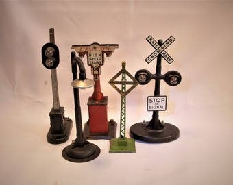Lot of 5 Model railroad accessories.  Old and Rare Rail Signals