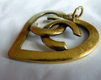 CC logo open heart pendant