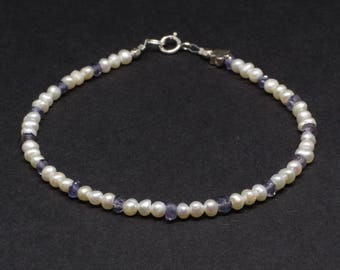 Pearl bracelet;Iolite bracelet;Gemstone bracelet;Iolite;Delicate;21st anniversary;Freshwater pearl;Bridesmaid;Flowergirl;Birthstone;June