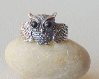 Sterling Silver Owl Ring Onyx  Owl Ring Vintage Owl with Black Onyx Eyes Ring 925 Sterling Ring, Retro Ring Size 6 Owl Jewery, Onyx Jewelry