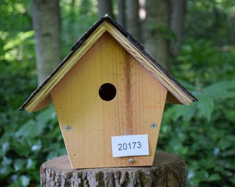 Bird House for Small Birds Made from pine Wood and Asphalt Shingle roof (#20173)
