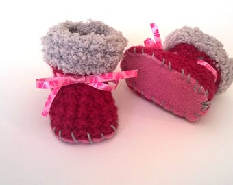 Wool raspberry baby girl booties 0/3 month fleece sole hand knitted birth