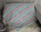 Gift for cat / cat blanket / cat gift / gift for cat lover / knitted cat blanket / cat bed / cat bedding / crate blanket / cat mat / boho