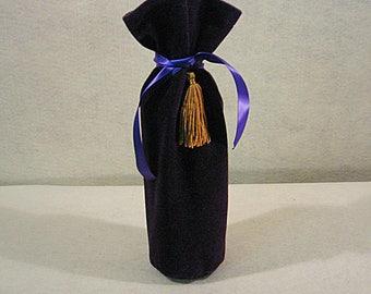 Velvet Wine Bag, Purple Velvet Wine Bottle Bag, Holiday Wine Bag, Christmas Wine Bottle Bag, Velvet Wine Cozy, Hostess Gift, Wine Gift