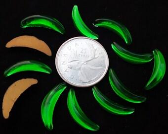 12 Vintage Glass Rhinestone Crescent Shape Emerald Green Gold Foil Back 20x5mm