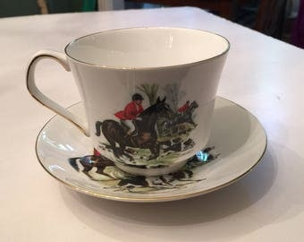 English Hunting Scene Coffee Cup and Saucer (12 oz.) Horses Equestrian