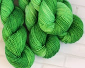 Shamrock - Sock Yarn - Hand Dyed Semisolid Yarn - Extrafine Merino Nylon - Fingering HandDyed - Bright Green Blue - Yellow Green