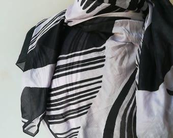 Gucci Maxi stole, cotton scarf, sarong scarf