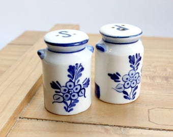 Salt & Pepper Shakers, Hand Painted Painted Blue and White Salt and Pepper Shakers.