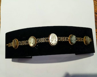 Vintage Shell Cameo Bracelet