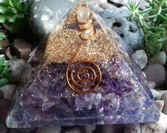 Amethyst Crystal Orgone Pyramid - Powerful Crystal Healing Pyramid, Absorbs Negative Energy, Purify Atmosphere, Spiritual Growth