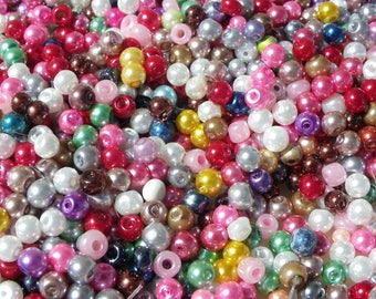 approximately 300 mixed 4 mm Pearl glass beads
