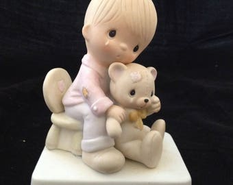 Vintage Precious Moments Bear Ye One Anothers Burdens Figurine with Bo