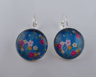Silver Flower Stud Earrings from the Japan