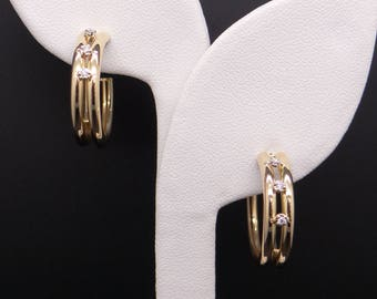 Classic 18k Yellow Gold Round Cut Diamond Hoop Huggie Earrings