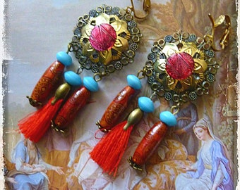 "Earrings arty ""Mandala"" bronze metal, brass, turquoise Indian glass, wood beads, red tassel"