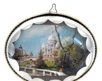 "vintage  french religious bubble glass frame ""Sacre Coeur"", Paris souvenir"
