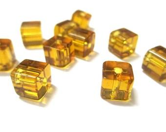 10 honey glass 6x6mm square beads