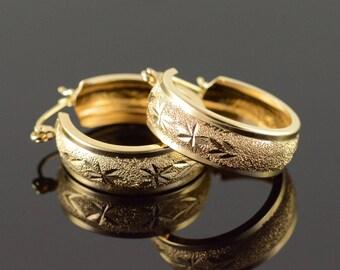 14k Starburst Textured Hoop Earrings Gold
