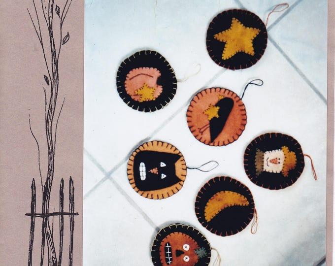 """Free Us Ship HALLOWEEN Craft Sewing Pattern Backyard Friends Pumpkin Jack Tom Friends 3"""" Fall Ornaments snowman black cat crow Uncut 2002"""
