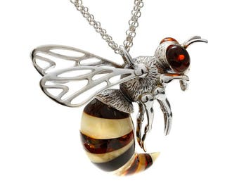 Single model, bee necklace on silver 925/1000