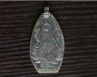 ON SALE Time less Beauty, Treasured SILVER Pendant