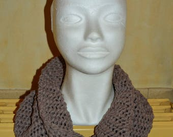 Brown cotton snood