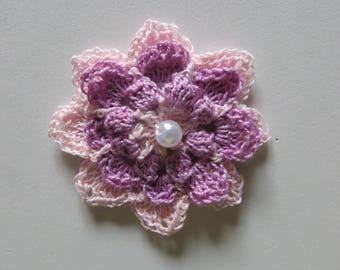 1 flower crocheted diameter 6.5 cms