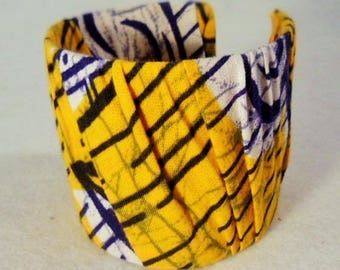 Semi rigid yellow and blue bracelet