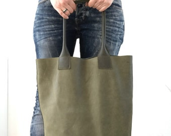 Two tone battleship green leather tote bag