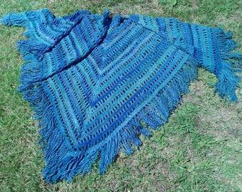 "Hand-crochet Shawl ""Sea"""