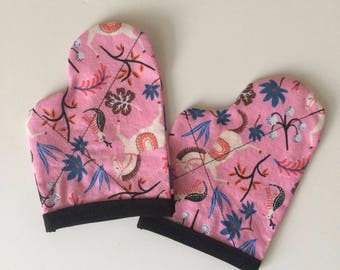Oven Mitts in Fabric of your choice