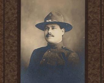 world war 1 soldier photo in folder