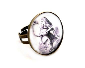 Ring adjustable alice in Wonderland country