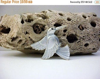 ON SALE Vintage Two Tone Metal Hummingbird Pin 101816