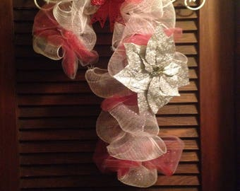 Deco Mesh Candy Cane Holiday Wreath