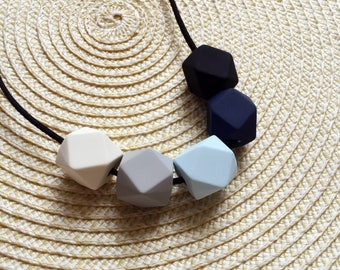 Geometic wood bead necklace