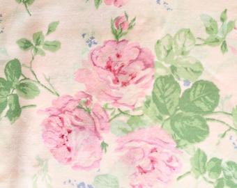 Light Pink Roses, Vintage Sewing Fabric, Vintage Roses, Vintage Floral Fabric, Floral Print Fabric, Floral Sewing Fabric, Rose Fabric,