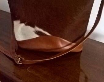 Australian Made Vintage 90s Cow Hide Shoulder Bag with Adjustable Strap