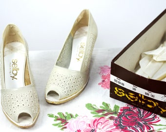 Vintage 1970s Vanilla Bean Wedged Espadrilles by Shelby / 7 & 8