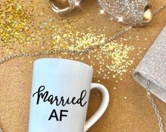 14oz Married AF mug