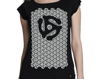 45 RPM Adaptor womens vinyl records patterned bamboo and organic cotton T shirt