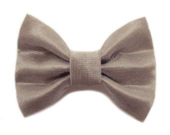 Hair clip 3-ply fabric Beige Taupe gloss.