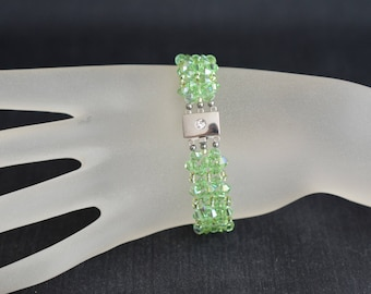Bracelet crystal Swarovski cuff peridot ab