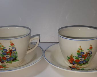 Clarisse Cliff newport pottery 2 cups 2 saucers flower design
