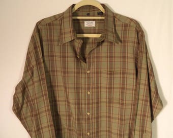 Paper thin 70s plaid shirt// Olive green cotton blend button down// Vintage Enro for Sydels Brigeport CT USA made// Men's size XL